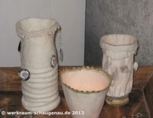 Vintage-Windlichter und Vasen
